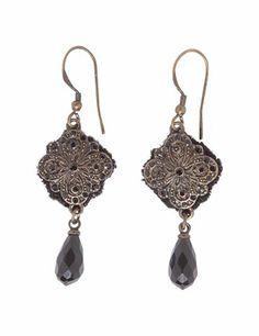 Earrings with beautiful pendant - Black