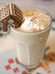 Black Strap Molasses is loaded with minerals and gives some of that wonderful classic gingerbread taste to this festive smoothie!