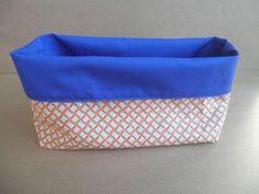 Os comenté  que iba a hacer otro tutorial para hacer cestas de tela, y aquí está. Es muy sencillo, como este otro  que publiqué, pero tiene ...