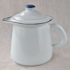 Small enamel jug with lid - perfect for serving milk, cream and sauces.