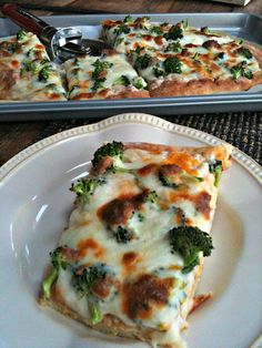 spinoccoli-pizza. YUM, you can tell by the recipe that the white sauce is alfredo. very good, will make again and add more broccoli