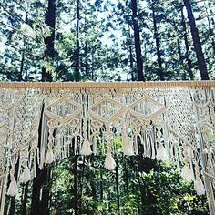 The details 🙌🏻 🙌🏻 🙌🏻 😍 Valance Curtains, Backdrops, Empire, Photo And Video, Vintage, Beautiful, Instagram, Decor, Decorating