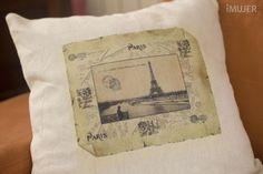 como transferir una imagen a una prenda 5 Foto Transfer, Decoupage Tutorial, Paper Shopping Bag, Origami, Stencils, Vintage World Maps, Scrap, Diy Projects, Textiles