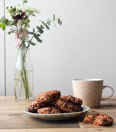 Carrot Cake Cookies | Deliciously Ella | Bloglovin