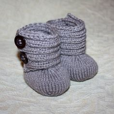 Baby Booties Knitting PATTERN pdf file  Baby by monpetitviolon, $3.99