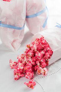 Pink candied popcorn | Pipoca doce cor-de-rosa