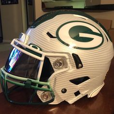 Green Bay Packers authentic Riddell Speed Flex custom hydro dipped helmet with tons of extras! Football Helmet Design, College Football Helmets, Sports Helmet, Nfl Football Teams, Custom Football, Packers Football, Football Uniforms, Greenbay Packers, Sports Uniforms