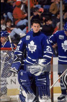 Ice Hockey Players, Hockey Goalie, Hockey Games, Maple Leafs Hockey, Goalie Mask, Hockey Stuff, Nfl Fans, Sports Figures, National Hockey League