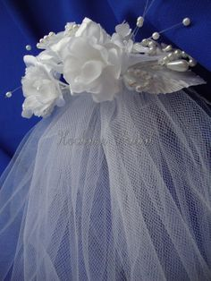 flower girl veil #weddings #flowergirl