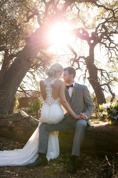 Martha Stewart Weddings - Make a statement from the back with this curve-hugging. Martha Stewart Weddings - Make a statement from the back with this curve-hugging Essense of Australia wedding dress that stuns from every angle. Wedding Photoshoot, Wedding Shoot, Wedding Couples, Wedding Ideas, Wedding Decorations, Rustic Wedding Photos, Wedding Couple Poses, Ideas For Wedding Pictures, Wedding Family Photos