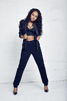 Leigh-Anne awsome dancer and singer and total fashion idol look up to u so much great hair 2
