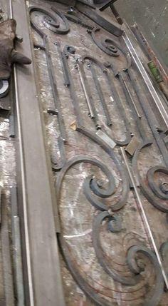 Window Grill Design, Door Gate Design, Iron Decor, Steel Doors, Blacksmithing, Welding, Wrought Iron, Door Handles, Garage