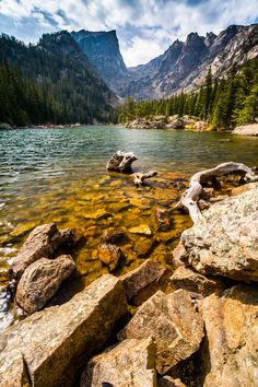 View of the rocky shoreline of Dream Lake in Rocky Mountain National Park