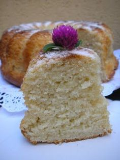 Bizcocho mascarpone Tasty Videos, Plum Cake, Dessert Recipes, Desserts, Sweet Recipes, Sweet Tooth, Bakery, Food And Drink, Cooking Recipes