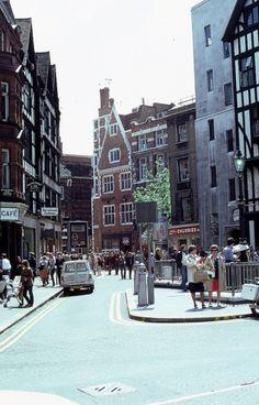 Carnaby Street, 1980 Vintage London, Old London, West London, Carnaby Street, Tri, London Pictures, Local History, Westminster, London England