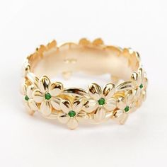 Diamond Jewelry, Jewelry Rings, Jewelery, Jewelry Accessories, Jewelry Design, Bridesmaid Jewelry, Wedding Jewelry, May Birthstone Rings, Emerald Wedding Rings