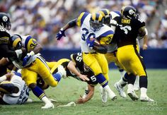 los angeles rams | Los Angeles Rams running back Jerome Bettis (36) carries the ball ...