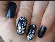 #Nail #Art #navy #blue #white #flower