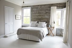 Accent wall bedroom wood plank wall in a coastal bedroom using sheet wood accent wall master . Master Bedroom Remodel, Accent Wall Bedroom, Bedroom Makeover, Coastal Master Bedroom, Wall Decor Bedroom, Home Decor, Coastal Bedrooms, Remodel Bedroom, Rustic Bedroom
