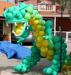 T-rex Dinosaur Train, Dinosaur Party, Balloon Display, Balloon Decorations, Balloon Columns, Balloon Arch, 2nd Birthday Parties, Baby Birthday, Man Decor