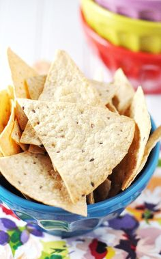 homemade baked tortilla chips by jennifer leal @savorthethyme