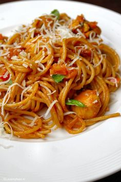 Pittige pasta met romige knoflooksaus en kip 2 - Lovemyfood.nl