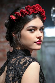 13 Chic Hair Accessories That Are Way Cooler Than a Hair Tie | StyleCaster