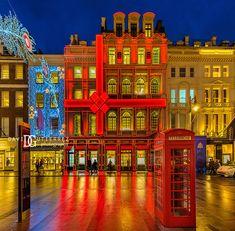 Cartier New Bond Street Boutique – London, UK – Cold Winter Nights Interior Photography, Night Photography, White Photography, Street Photography, Architectural Photography, Cartier, London Architecture, Commercial Architecture, Architecture Art