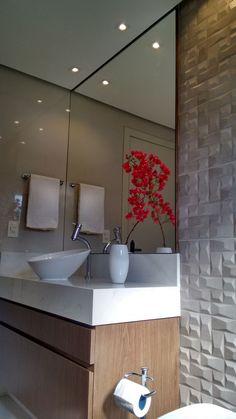 Small House Interior, Home Comforts, Bathroom Interior Design, Comfort Room, Urban Decor, Small Bathroom Decor, Home Design Decor, Interior Design Living Room, Bathroom Decor