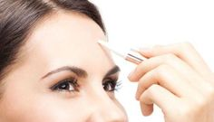 For wide areas such as forehead, go for thin coatings and don't forget to spread the edges to make it look more natural.