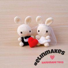 Happy Valentine's Day!  #amigurumi #crochet #elinmakes #handmadetoys #handmadegifts #amigurumirabbit #couple #valentine #brideandgroom #custommade #customorder #cutegift