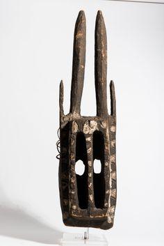 Dogon Walu Mask, Mali http://www.imodara.com/item/mali-dogon-walu-antelope-mask/ African Art, African Masks, Animal Masks, Sculpture, Tribal Art, Helmets, Ghosts, Headdress, Africa