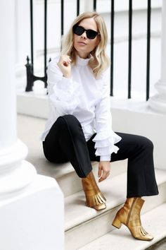 An ultra-stylish pair of metallic ankle boots is just what you need to make an outfit pop. Accessorise an all-black look with a pair of silver block-heel ankle boots for an urban take on the trend,...