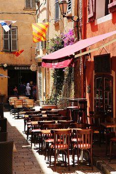 Saint-Tropez, France ~ is a Provencal town east of Marseile in the south of France. Wonderful Places, Great Places, Beautiful Places, Amazing Places, Saint Tropez, Moustiers Sainte Marie, Sidewalk Cafe, Cafe Bistro, Provence France