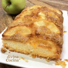 Este bizcocho de manzana es muy fácil de preparar y siempre queda jugoso y sabroso. Elige una variedad de manzana que sea dulce (Reinetas o Fuji).