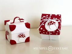 Kleine Fliegenpilz-Boxkampf The post Kleine Fliegenpilz-Boxen appeared first on DIY Projekte. Web Box, Diy And Crafts, Paper Crafts, Paper Purse, Picture Boxes, Exploding Boxes, Diy Purse, Craft Club, Explosion Box