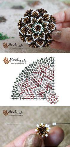 Кулон из бисера в технике кругового мозаичного плетения. Пошаговый мастер-класс.
