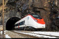 501 002 SBB RABe 501 at Faido, Switzerland by Georg Trüb Swiss Railways, Train Journey, Locomotive, Railroad Tracks, Switzerland, The Unit, Horses, World, Train