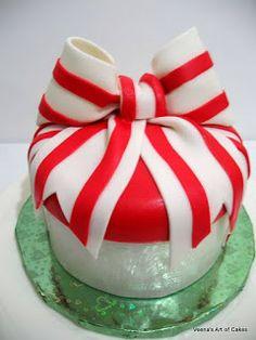 Veena Art Of Cake Fondant Recipe : Fondant Bow Tutorial on Pinterest Fondant Bow, Fondant ...
