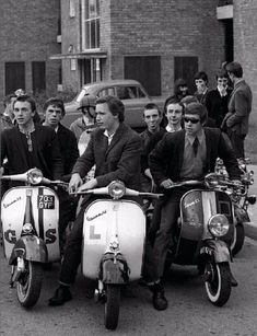vintage everyday: MOD: Fashion Characteristic of British Young People in the 1960s