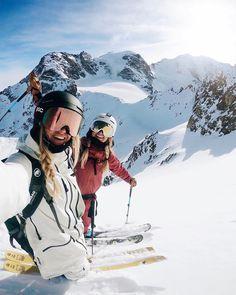 Snow Pictures, Bff Pictures, Best Friend Pictures, Mode Au Ski, Ski Bunnies, Snowboarding Outfit, Ski Season, Ski And Snowboard, Ski Ski