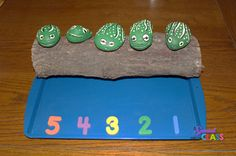 Top Ten Everyday Living Insurance Plan Misconceptions A Special Kind Of Class: How To Make 5 Green And Speckled Frogs Frog Activities, Rhyming Activities, Preschool Songs, 5 Speckled Frogs, Classroom Routines, Classroom Themes, Toddler School, Pre School, Frog Crafts