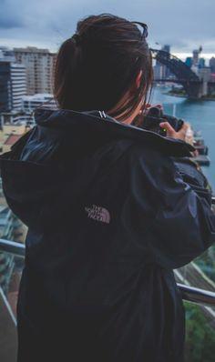 The North Face 'Momentum' TriClimate® Jacket Stylish Girl Images, Stylish Girl Pic, Girl Photo Poses, Girl Photography Poses, Urban Photography, Beautiful Girl Photo, Life Is Beautiful, Girl Pictures, Girl Photos