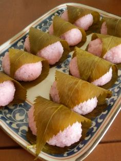 Sakura mochi: A Japanese-style sweet that also goes great with hanami!!