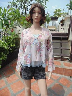 Retro Beautiful Floral Design Fancy Shiny Sexy Lingerie Evening Night Blouse   $7.00 USD Only 1 available  https://www.etsy.com/listing/190213918/retro-beautiful-floral-design-fancy?ref=listing-18  https://www.facebook.com/pages/Savvy-Ladies/796694807024977