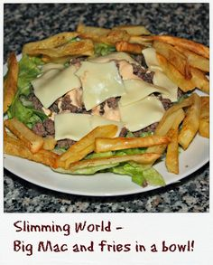 Big mac in a bowl with fries. Slimming World. Slimming World Fakeaway, Slimming World Tips, Slimming World Dinners, Slimming World Recipes Syn Free, Burger In A Bowl Slimming World, Slimming Eats, Big Mac, Diet Recipes, Cooking Recipes