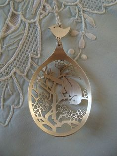 Cut out spoons ~ how beautifully intricate ~ thank you to the talented person who made this.