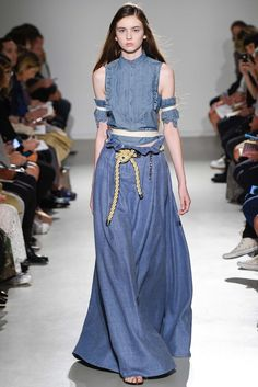 Veronique Branquinho Spring 2015 Ready-to-Wear - Collection - Gallery - Style.com