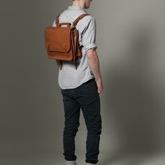 {convertible backpack-shoulder-briefcase bag} now this is a flexible + unisex bag!