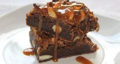 Chilli chocolate brownies med salt karamell Chocolate Brownies, Brownie Cookies, Salt, Food And Drink, Cupcake, Desserts, Caramel, Chocolate Chip Brownies, Deserts